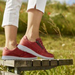 New Feet OrthoStretch Kalvskinn Röd miljöbild